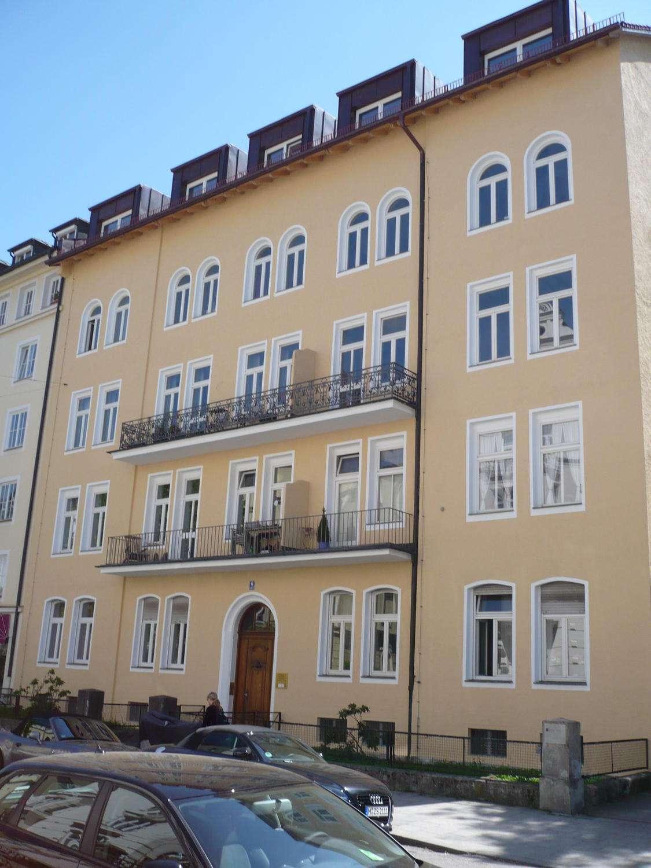 Top-Renovierte 3-Zimmer-Altbauwohnung Nähe Englischer Garter
