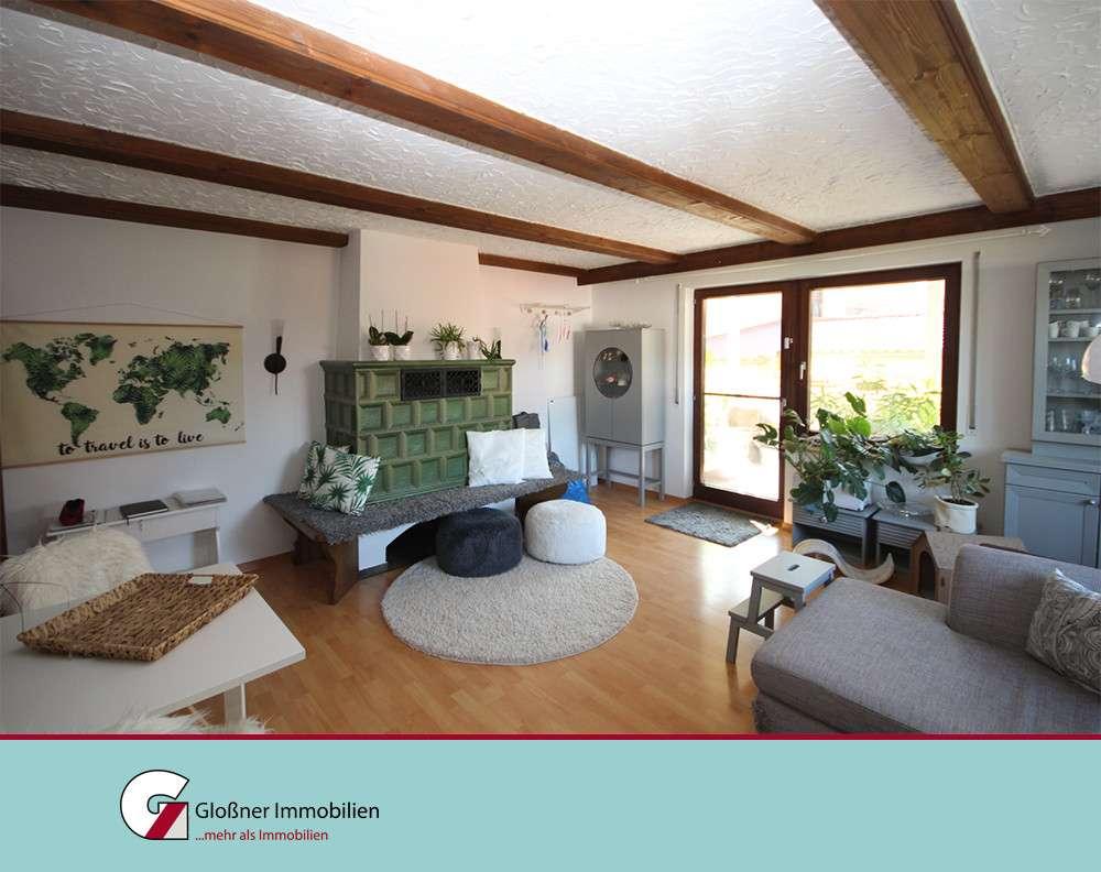 3,5 Zimmer-Hochparterre, große Terrasse, Gartennutzung - gemütlich im 3-Familienhaus in Pyrbaum