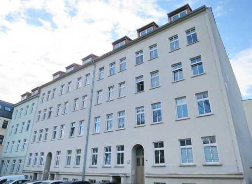 Frisch sanierte 3 Zimmer mitten in der Altstadt! + 2 Monate mietfreie Zeit!