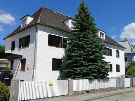 Stilvolle 3-Zimmer-Wohnung mit Einbauküche, teilmöbliert, in München - Ramersdorf in Perlach (München)