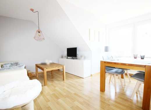 Moderne DG-Wohnung im grünen Kleefeld!
