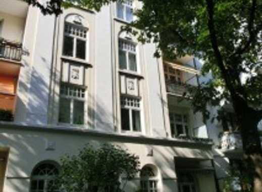 schöne 4 Zimmer Altbau-Wohnung nahe Winterhuder Marktplatz