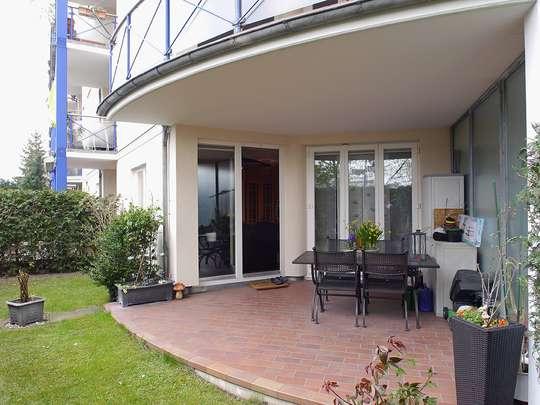 Moderne 3-Zim.-Wohnung mit PKW-Stellplatz und Garten - Bild 4