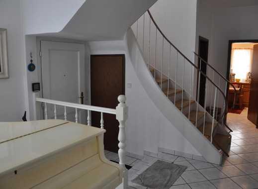 Schönes WG-Zimmer 19m² im 200m² Haus