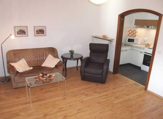 INTERLODGE Schöne, geschmackvoll möblierte Wohnung mit großem Wintergarten in Essen-Frohnhausen.