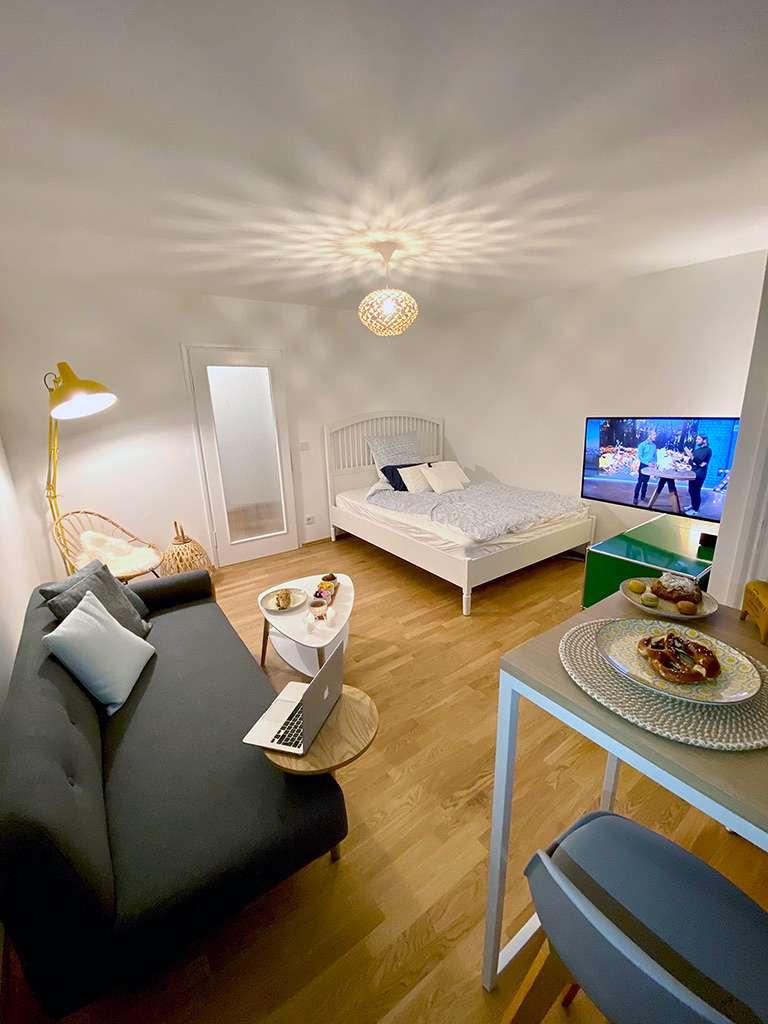 Chices komplett löffelfertig möbliertes Business Apartment in Pasing (München)