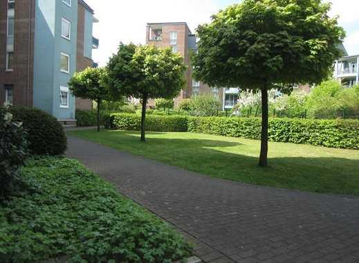 Renovierte 4-Zimmerwohnung mit Balkon in einer gepflegten Grünanlage in Köln-Porz