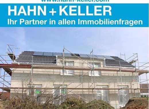 Traumhafte Aussicht ins Grüne! Exklusive Neubau Einfam.-Doppelhaushälfte mit Terrasse!