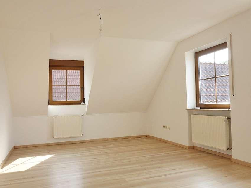 Helle 4,5-Zi-Wohnung in idyllischer Lage in