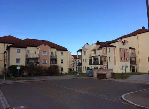 Schöne drei Zimmer Wohnung in Roth in ruhiger Lage (Seniorenwohnanlage)