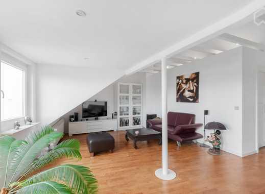 Wunderschöne DG Galerie Wohnung möbliert