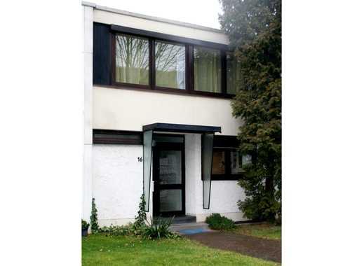 Raus ins familienfreundliche Eigenheim - Reihenmittelhaus Bonn-Tannenbusch mit Garage und Stellplatz
