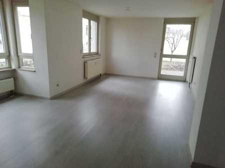 Gepflegte Erdgeschosswohnung mit drei Zimmern Terrasse u. Garten in Kempten in Breite (Kempten (Allgäu))