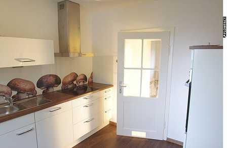 +++Reserviert+++ Helle, teilsanierte 3,5-Zimmer-Wohnung mit moderner Einbauküche in Coburg-Zentrum (Coburg)