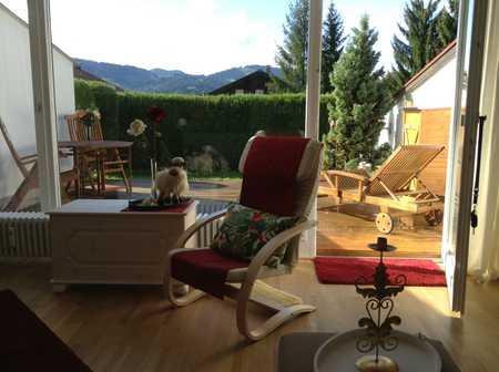 Ferienwohnsitz in Oberstaufen möbl. 1-Zi.-Whg., zentrumsnahe, ruhige, sonnige Lage, Fernsicht, TG in Oberstaufen