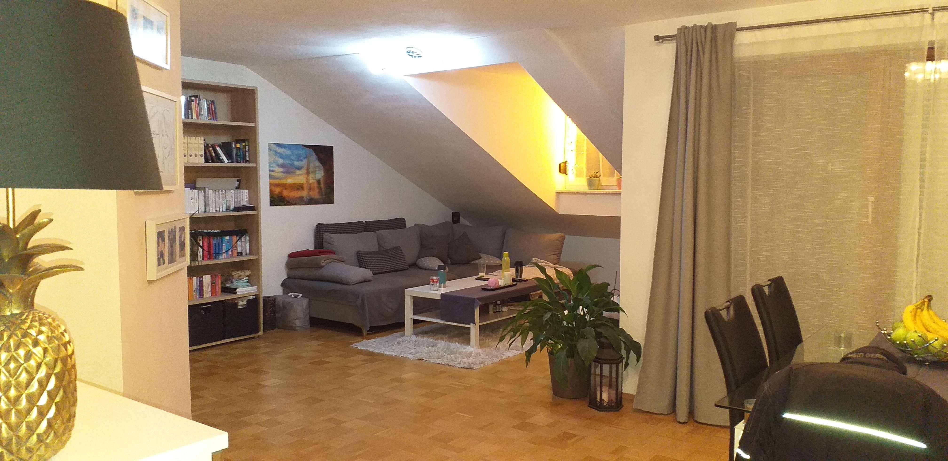 Schöne Dachterr-Wohnung / Germering 5 min S-Bahn, 2 Zi, EBK, Parkett, Dachterr. in