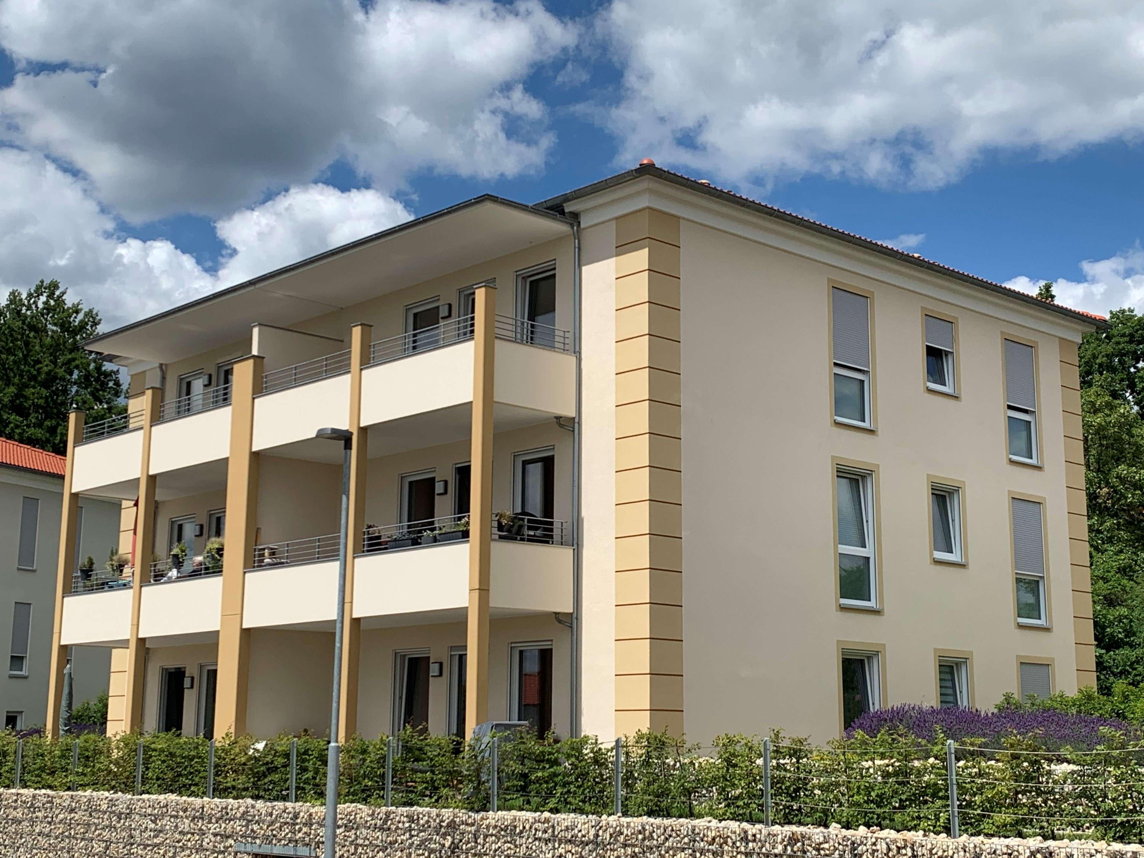 Sonnige, moderne 3-Zimmer-Wohnung in Neuendettelsau in