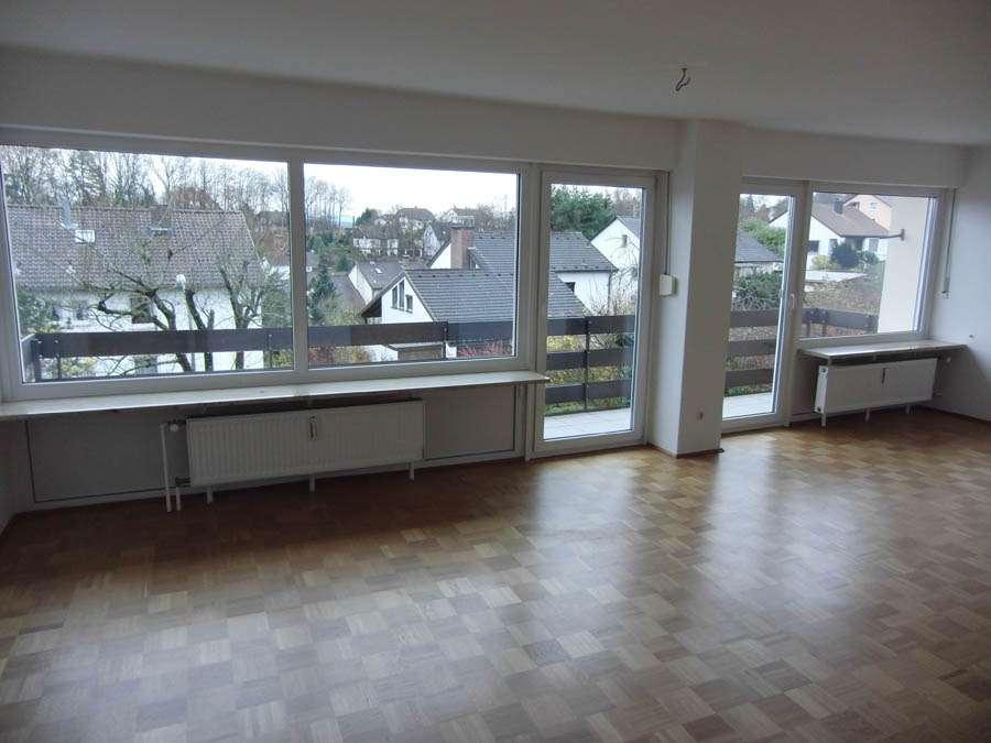 Schöne, helle 3 Zimmer Wohnung 1. OG mit Balkon in Petzmannsberg in Kulmbach