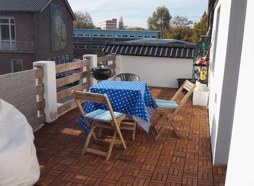 Helle sanierte 3-Zimmer-Wohnung mit großer Dachterrasse in Düsseldorf Stockum