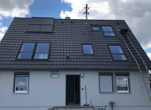 Schönes, geräumiges Haus mit fünf Zimmern in Augsburg (Kreis), Stadtbergen / OT Leitershofen