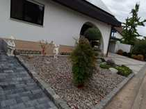 Provisionsfrei Schöne Dachgeschosswohnung im gepflegten