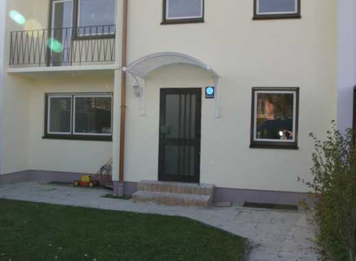 Von Privat:Reihenmittelhaus  3,5 Zimmern, Garten u. Garage, Reihenhaussiedlung Sendling
