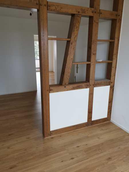 Sonnige 4-Zimmer-Wohnung mit Balkon in Gerbrunn in Gerbrunn
