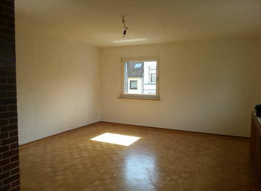 MH-Heißen sehr schöne 3 Raum-Wohnung im 1. Obergeschoss