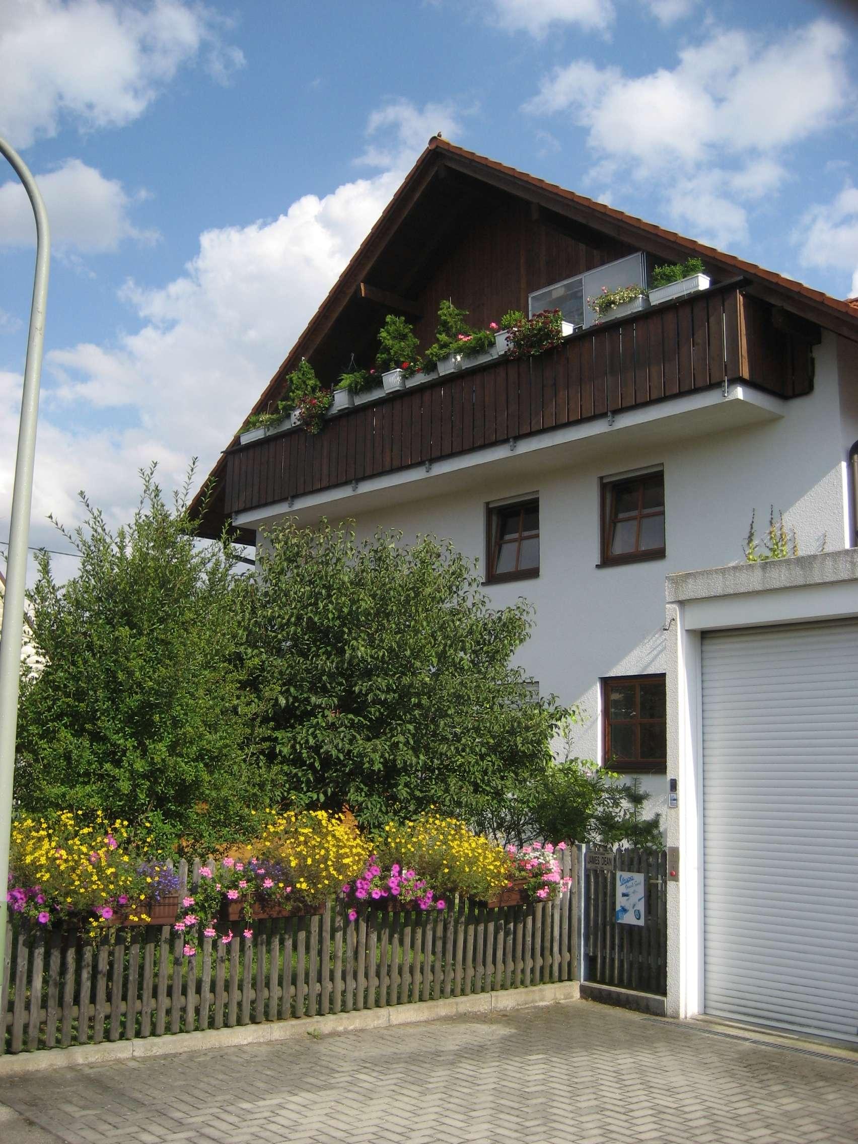 Gepflegte 3,5-Zimmer-Wohnung mit Balkon in Neu-Aubing, München in Aubing (München)