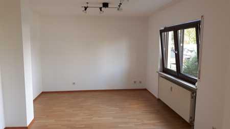 ~Helles 1-Zimmer-Appartement~ **Balkon, Stellplatz, uvm.** in Hammerstatt/St. Georgen/Burg (Bayreuth)