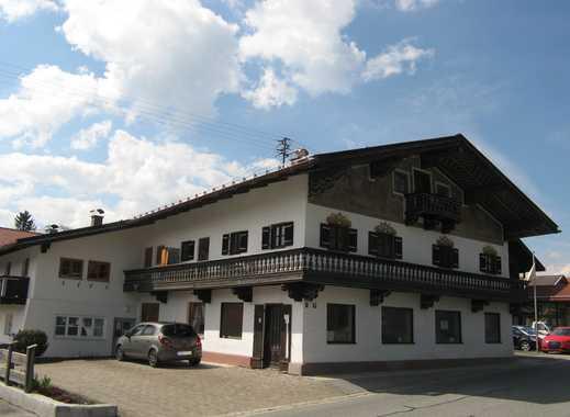 gepflegtes, historisches Mehrfamilienhaus mit 8 Wohneinheiten