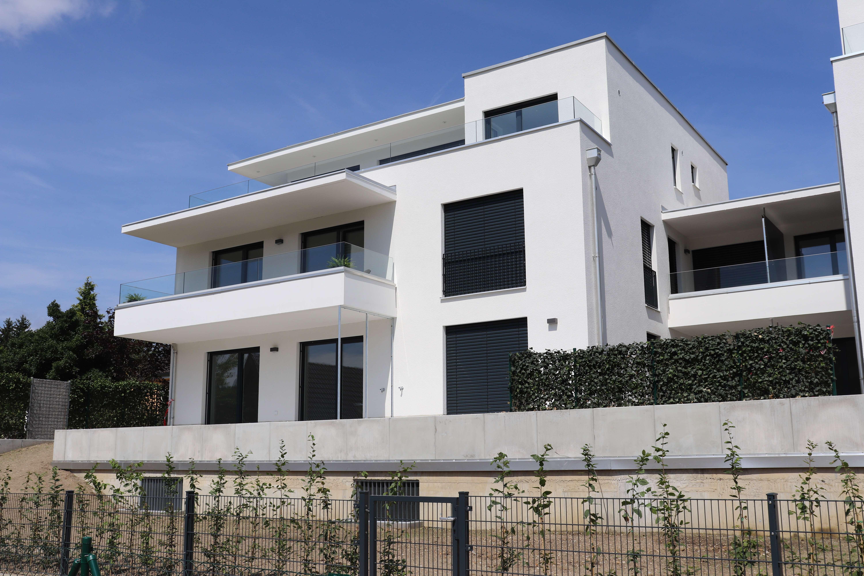 3-Zimmer Neubauwohnung im Erdgeschoss mit großer Terrasse und Garten in Attenkirchen