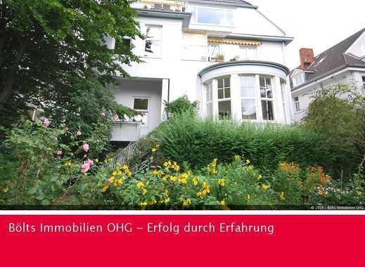 In freistehender Villa ! Äußerst hochwertige, individuelle Maisonette-Wohnung in Schwachhausen