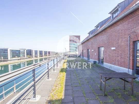 Dachterrasse von Mit Blick aufs Wasser: Modern arbeiten in historischem Speichergebäude