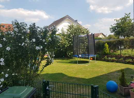 Schönes helles Haus mit vier Zimmern und Garten in Bonn, Beuel