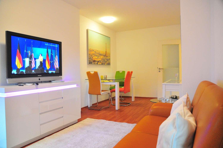 Moderne 2-zimmer-Wohnung  möbliert nähe S-Bahn  Ottobrunn, in Ottobrunn