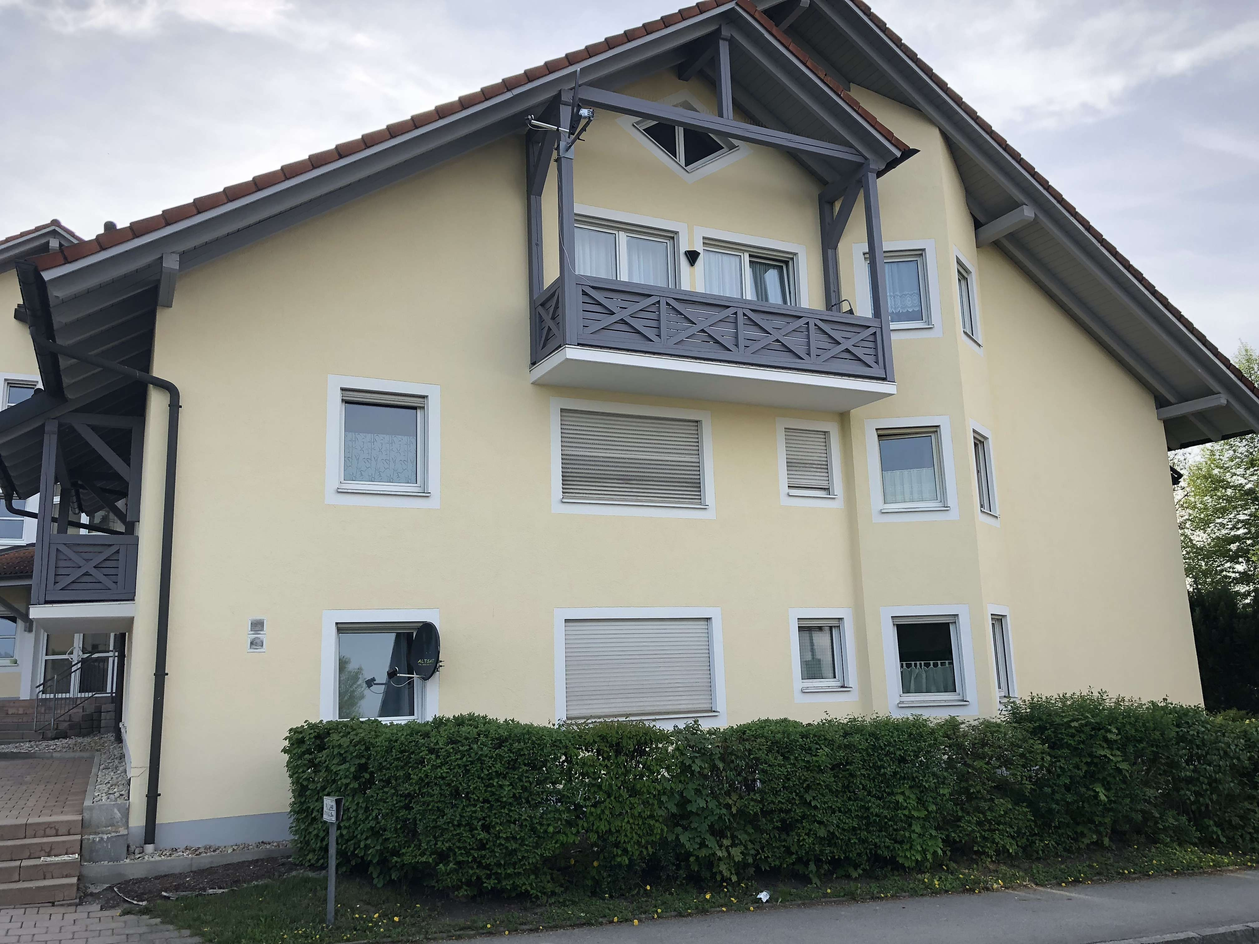 Sonnige 2-Zimmer-DG-Wohnung in Vilshofen