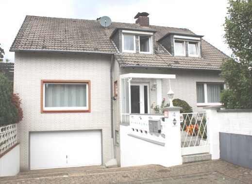 Schöne 3 Zimmerwohnung in Hösel mit Balkon und Garten zu vermieten..