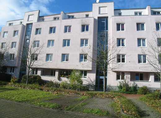 große helle 3-Zimmerwohnung mit Wintergarten