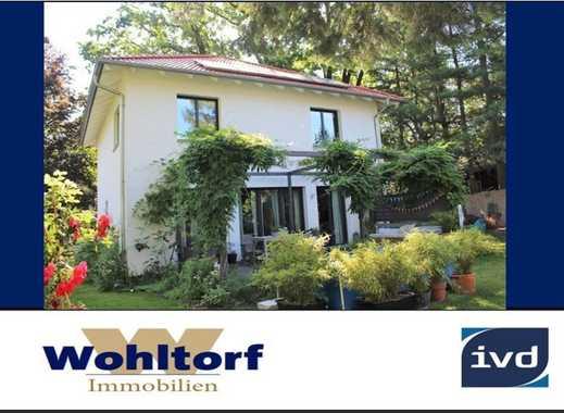 Neu! Glienicke - Hochwertiges Einfamilienhaus mit traumhaftem Grundstück in Bestlage