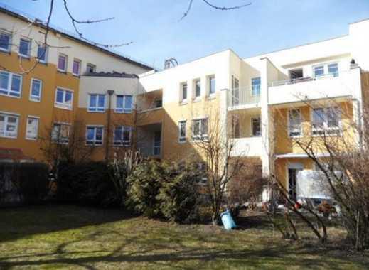 Schöne, geräumige zwei Zimmer Wohnung in München