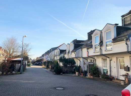 ++ROHDIAMANT FREUT SICH AUF FRISCHEN WIND++Reihenmittelhaus mit Garten in beliebter Wohnlage++