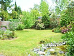 eingefriedeter Garten