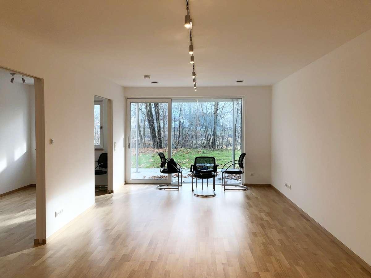 WOHNKONZEPT 50+ barrierefreie 2-Zi.-Wohnung in Piflas, Erstbezug, Terrasse in West (Landshut)