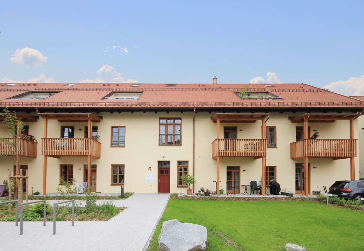 """4 Zimmer- Erdgeschosswohnung in der """"Historischen Fünferpfanne"""" im Zentrum von Traunstein. in"""