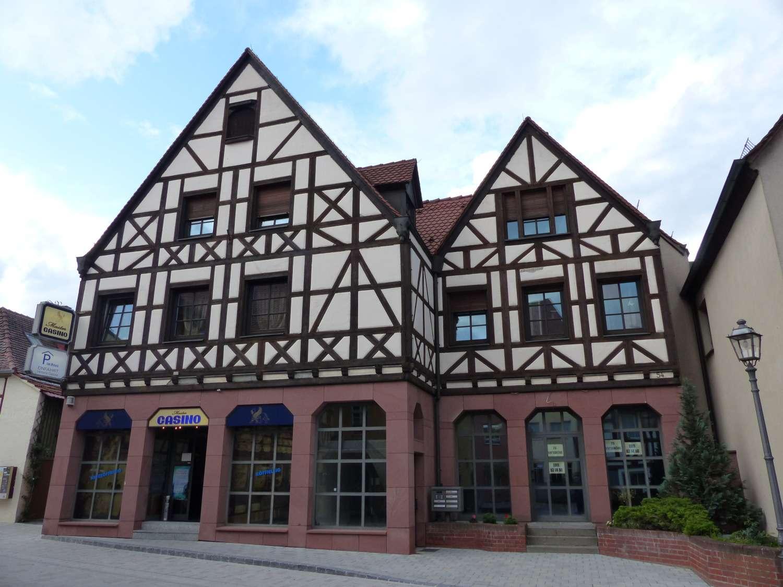 Großzügige, ruhige und helle 2-Zimmerwohnung im Zentrum von Herzogenaurach in Herzogenaurach
