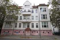 Bild Hochwertige 2 Zimmer ETW mit Loggia und Stellplatz im Jugendstilaltbau