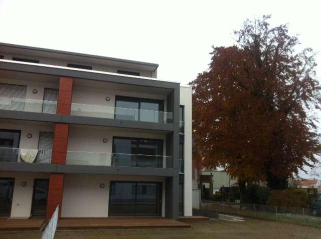 Stilvolle, neuwertige 3-Zimmer-Wohnung mit Balkon in Augsburg