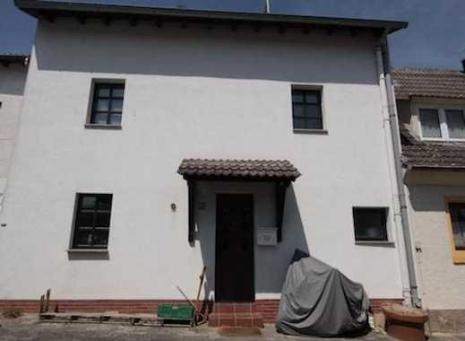 offenes Haus mit drei Zimmern, Dachterrasse & Kamin in Mainz, Finthen