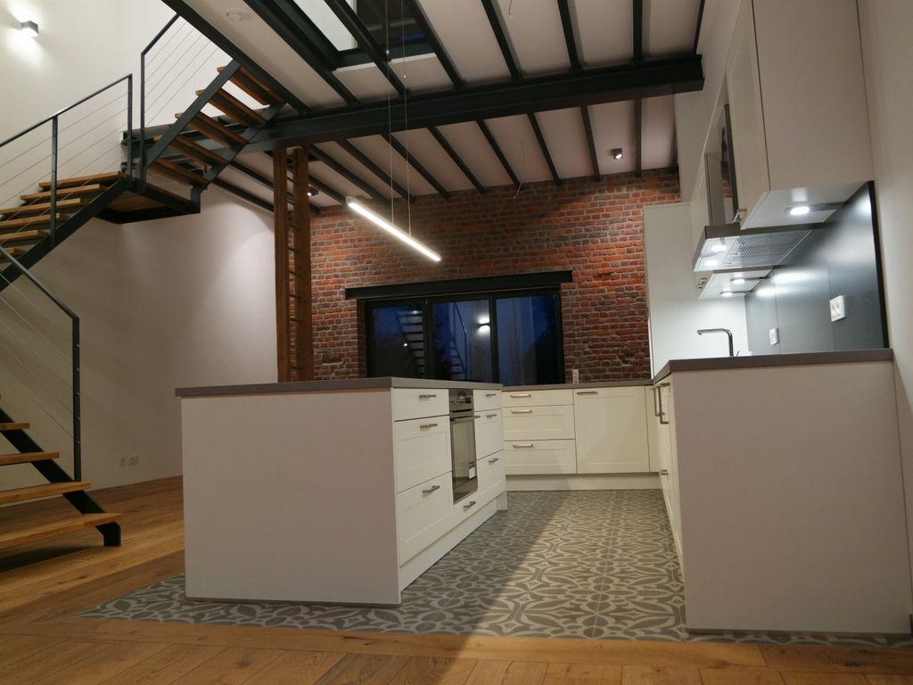loftwohnung im k lner s den wohnen im denkmal neu engeldorfer hof erstbezug. Black Bedroom Furniture Sets. Home Design Ideas
